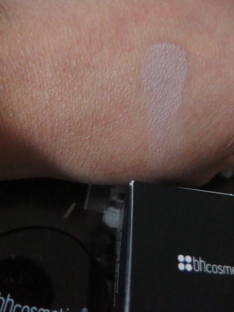 Smooth Canvas Long Wear Shadow Primer by BH Cosmetics #13